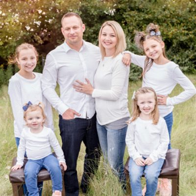 Chiropractor Lima OH Matthew Ellis and Family